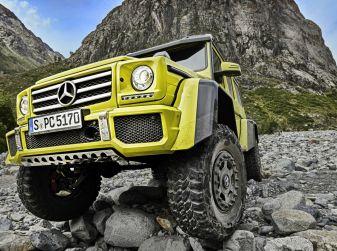 Mercedes Classe G 500 al 4x4 Fest di Carrara: il lusso del fango
