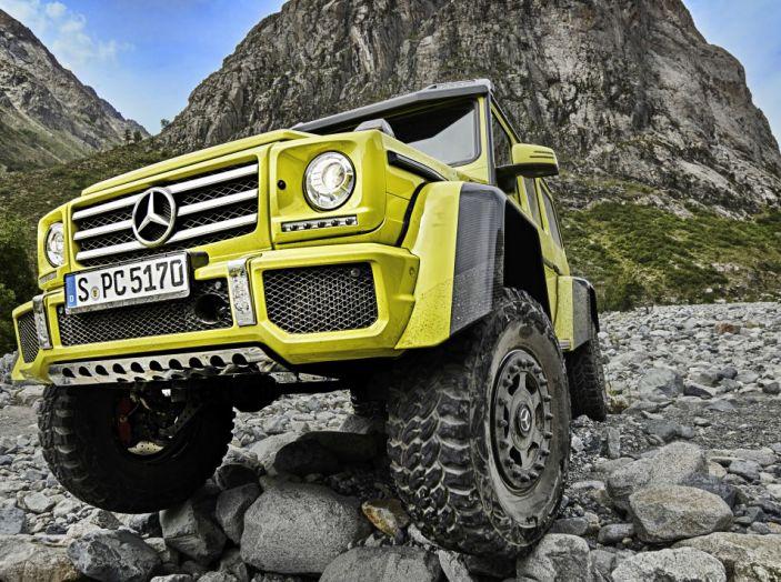 Mercedes Classe G 500 al 4×4 Fest di Carrara: il lusso del fango