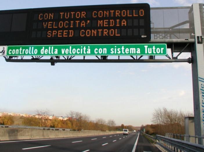 Come funziona il tutor in autostrada - Foto 4 di 8