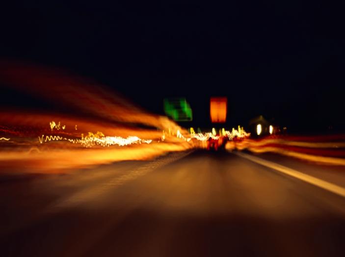 Come guidare di notte, consigli e accorgimenti - Foto 3 di 6