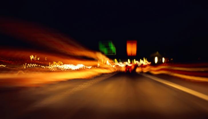 Consigli per prevenire i colpi di sonno alla guida - Foto 3 di 6