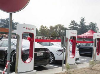 Il Ministero delle Infrastrutture pensa a un piano per installare 40mila colonnine elettriche per auto