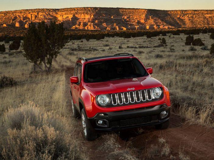 Jeep Renegade con nuovo cambio doppia frizione DDCT abbinato al MultiJet - Foto 1 di 9