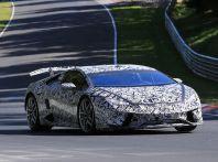 Lamborghini Huracan Superleggera, foto spia delle modifiche del frontale
