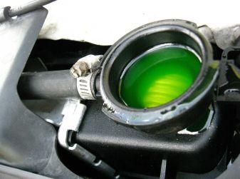 Liquido antigelo: come controllarlo, quando cambiarlo