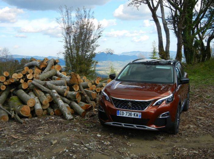 Nuova Peugeot 3008 prova su strada, prezzi e allestimenti