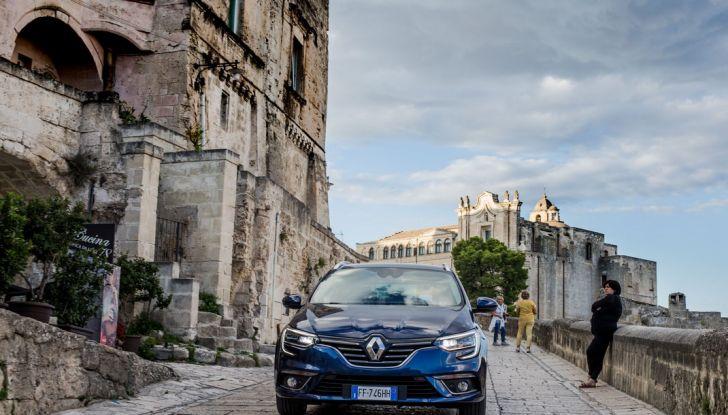 Nuova Renault Megane Sporter prova su strada, prezzi e motorizzazioni - Foto 20 di 56