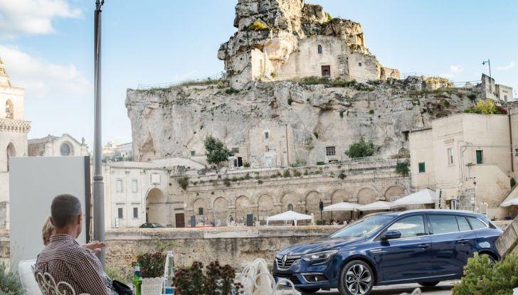 Nuova Renault Megane Sporter prova su strada, prezzi e motorizzazioni - Foto 21 di 56