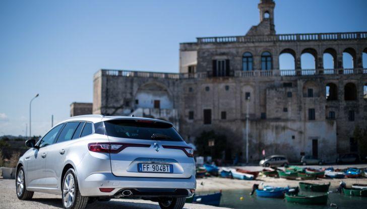 Nuova Renault Megane Sporter prova su strada, prezzi e motorizzazioni - Foto 33 di 56