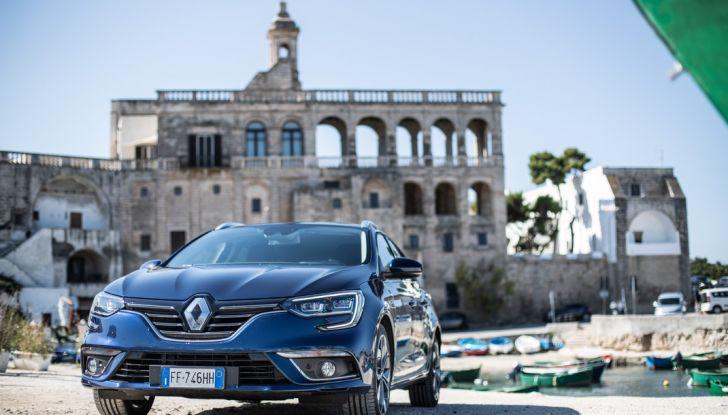 Nuova Renault Megane Sporter prova su strada, prezzi e motorizzazioni - Foto 35 di 56