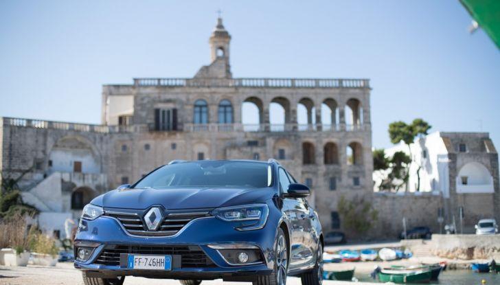 Nuova Renault Megane Sporter prova su strada, prezzi e motorizzazioni - Foto 38 di 56