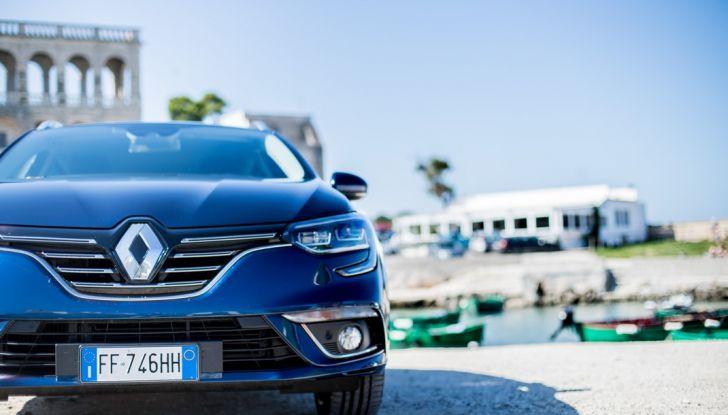 Nuova Renault Megane Sporter prova su strada, prezzi e motorizzazioni - Foto 40 di 56