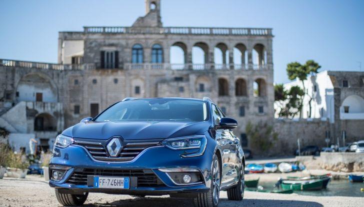Nuova Renault Megane Sporter prova su strada, prezzi e motorizzazioni - Foto 43 di 56