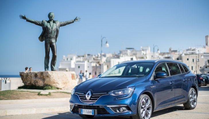 Nuova Renault Megane Sporter prova su strada, prezzi e motorizzazioni - Foto 53 di 56