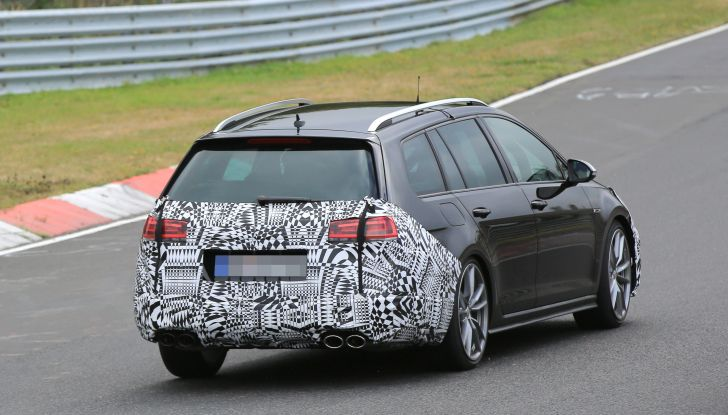 Nuova Volkswagen Golf VII R Variant 2018, foto spia al Ring - Foto 17 di 18