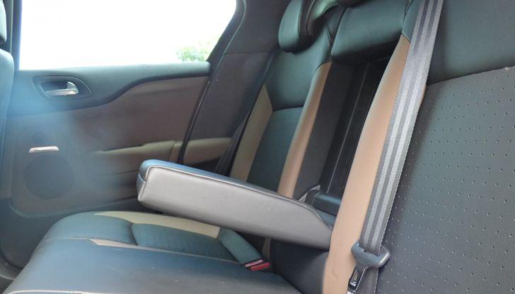 Prova su strada DS 4 Crossback BlueHDI 120: impressioni, allestimenti e prezzi - Foto 25 di 32