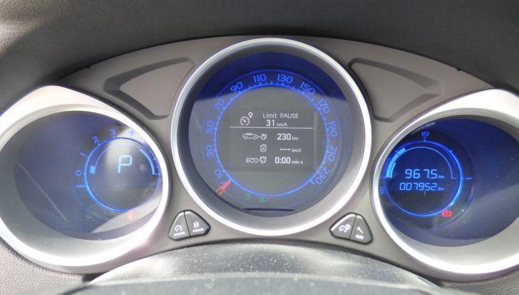 Prova su strada DS 4 Crossback BlueHDI 120: impressioni, allestimenti e prezzi - Foto 28 di 32