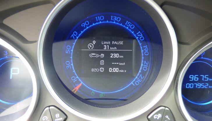 Prova su strada DS 4 Crossback BlueHDI 120: impressioni, allestimenti e prezzi - Foto 29 di 32