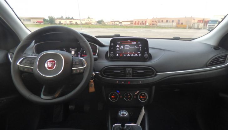 Fiat Tipo 5 porte, la prova su strada del Multijet 1.6 da 120CV: non vorrei ma posso - Foto 28 di 38