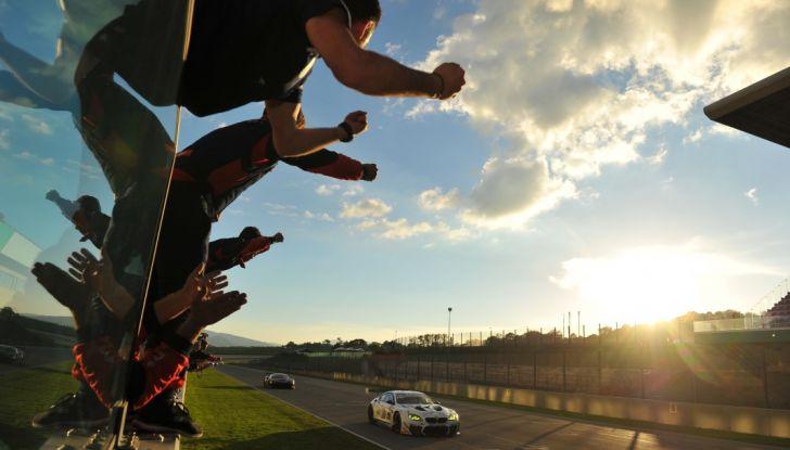 Alex Zanardi vince al Mugello nel Campionato Italiano GT con BMW - Foto 5 di 10