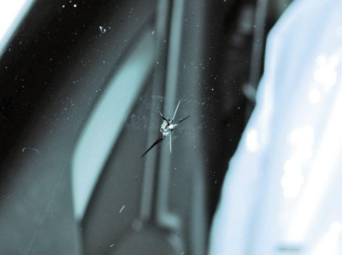 Tutto quello che c'è da sapere sulla polizza cristalli dell'auto - Foto 11 di 11