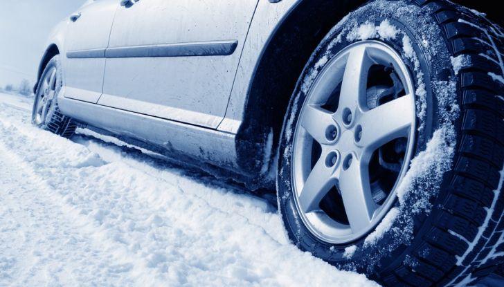 Proteggere l'auto dal freddo-invernale-consigli-utili