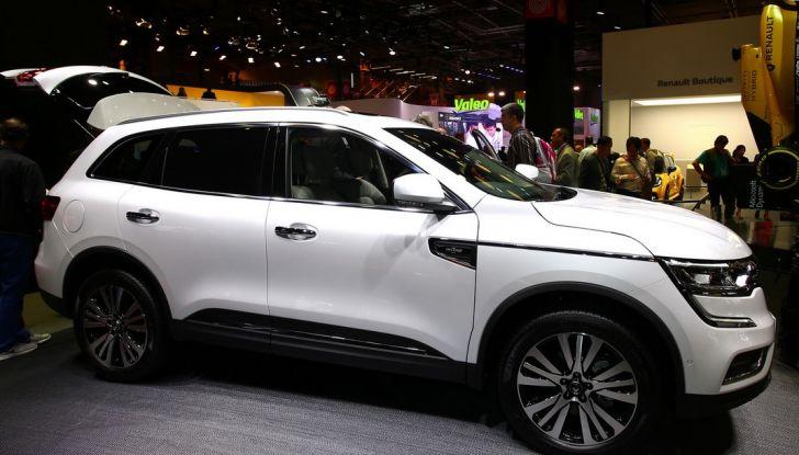 Renault Koleos svelata a Parigi la nuova crossover che potrebbe diventare ibrida - Foto 6 di 12