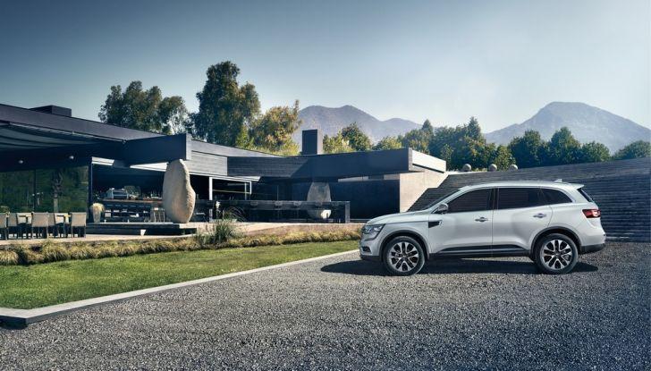 Renault Koleos svelata a Parigi la nuova crossover che potrebbe diventare ibrida - Foto 10 di 12