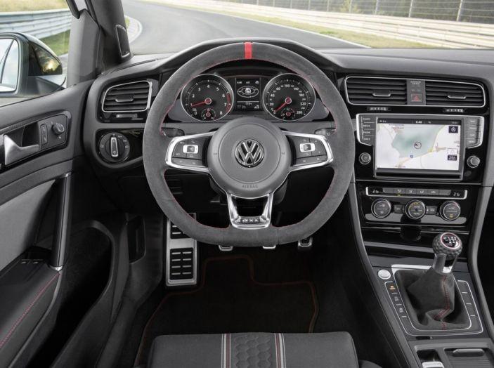 I 40 anni della Volkswagen Golf GTI al Salone di Padova 2016 - Foto 30 di 37