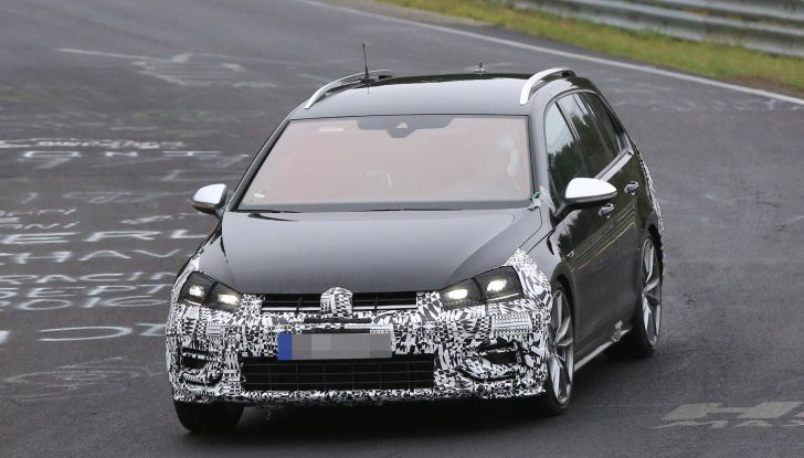 nuova volkswagen golf VII R variant 2018 foto spia