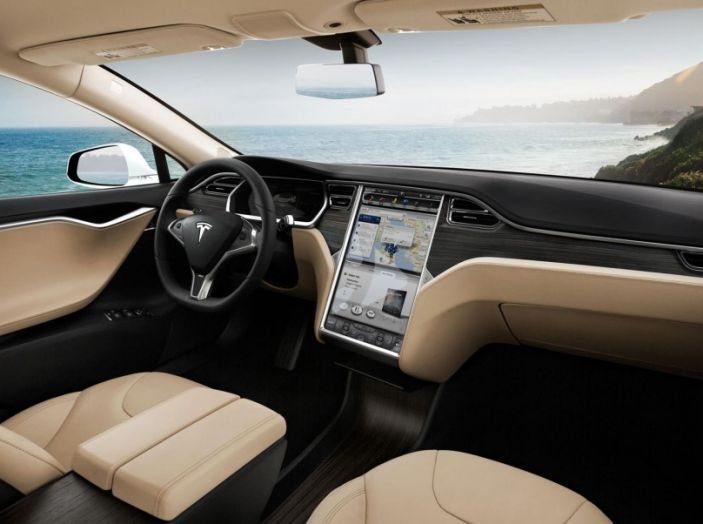 La batteria al litio più grande del mondo è opera di Tesla - Foto 5 di 9