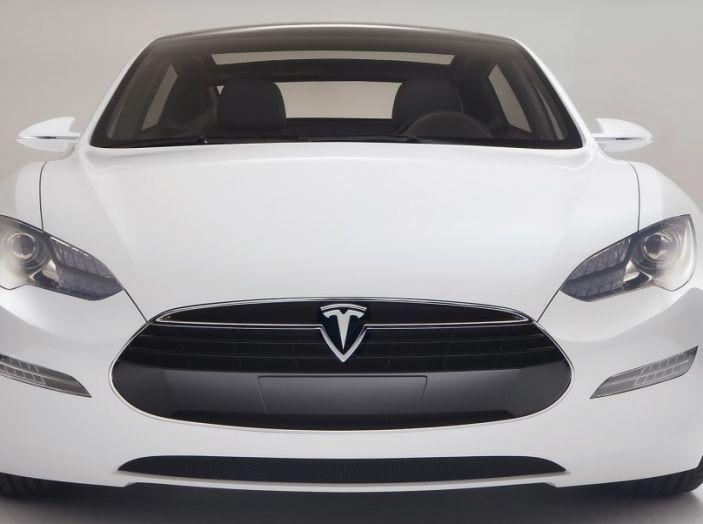 La batteria al litio più grande del mondo è opera di Tesla - Foto 9 di 9