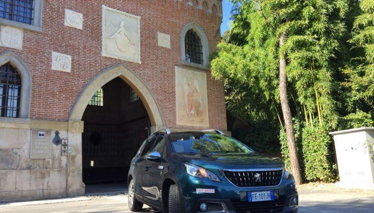 Peugeot 2008 1.6 Hdi 120 CV: prova su strada, allestimenti e motorizzazioni - Foto 2 di 15