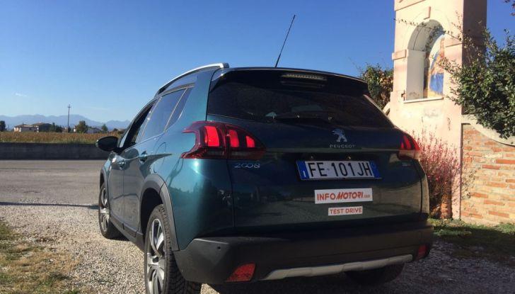 Peugeot 2008 1.6 Hdi 120 CV: prova su strada, allestimenti e motorizzazioni - Foto 14 di 15