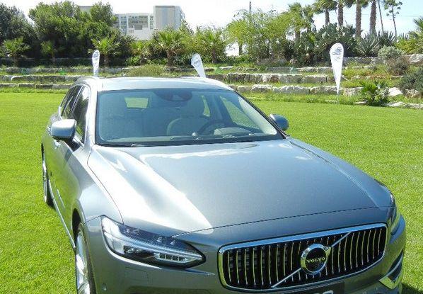 Nuova Volvo S90 prova su strada, motori, prestazioni e prezzi - Foto 26 di 26