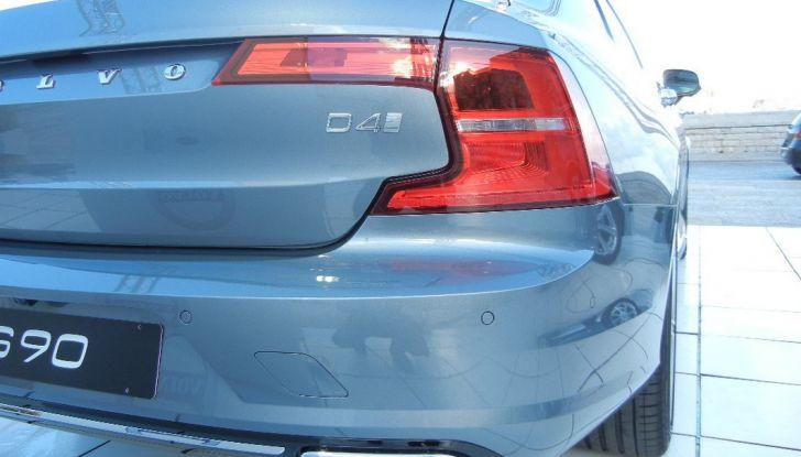 Nuova Volvo S90 prova su strada, motori, prestazioni e prezzi - Foto 6 di 26