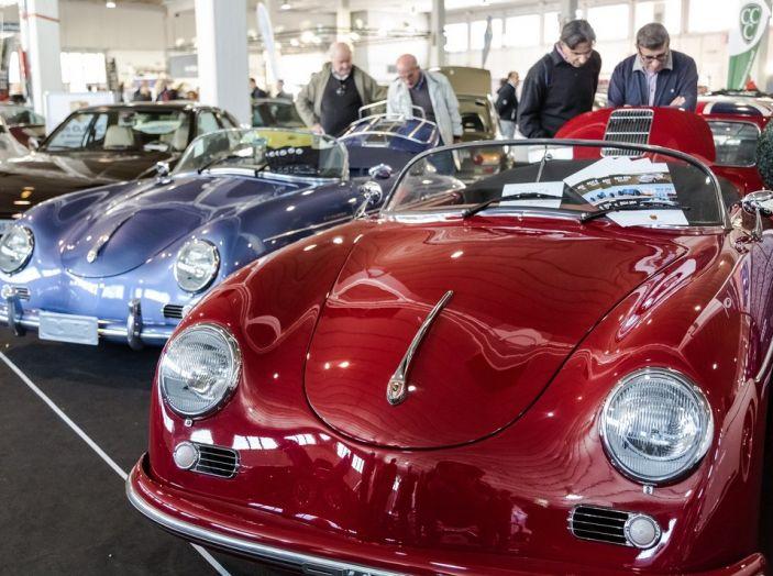 Auto e Moto d'Epoca Padova: tutte le più belle auto delle scorse edizioni - Foto 1 di 35