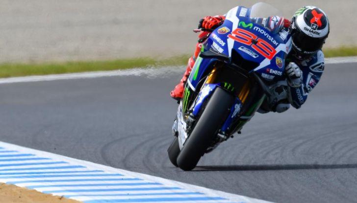 Risultati MotoGP 2016, Motegi: pole a Rossi, Marquez secondo - Foto 1 di 33