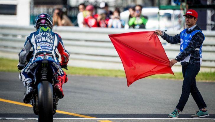 Risultati MotoGP 2016, Phillip Island: trionfa Crutchlow, Rossi secondo - Foto 8 di 14