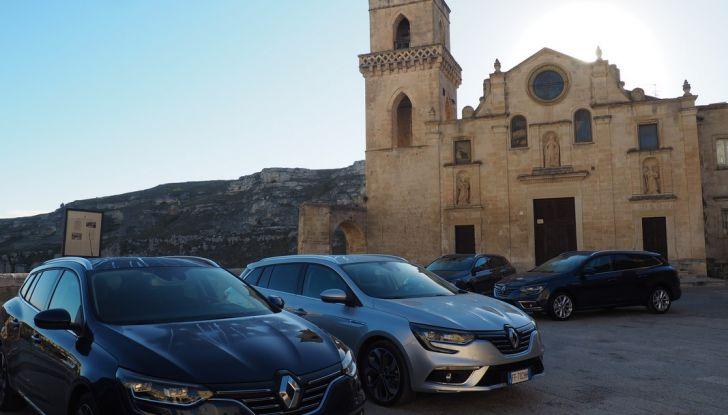 Nuova Renault Megane Sporter prova su strada, prezzi e motorizzazioni - Foto 3 di 56