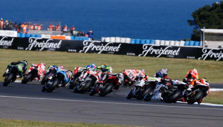 Risultati MotoGP 2016, Phillip Island: trionfa Crutchlow, Rossi secondo - Foto 1 di 14