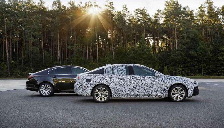 Nuova Opel Insignia Grand Sport test drive, prestazioni e dotazioni - Foto 3 di 10