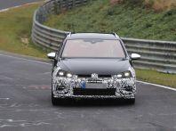 Nuova Volkswagen Golf VII R Variant 2018, foto spia al Ring