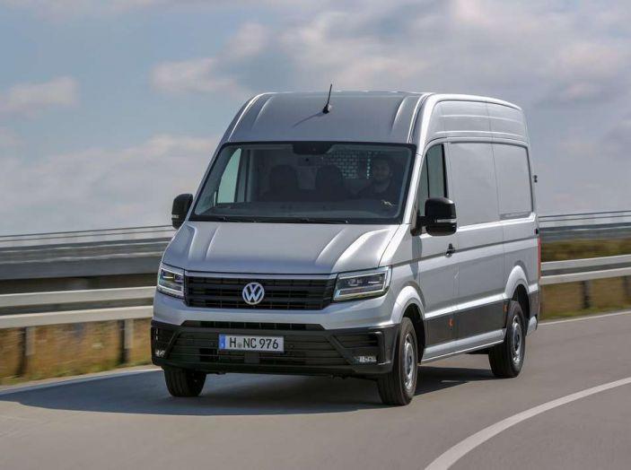 Volkswagen Crafter prova su strada del veicolo commerciale di nuova generazione - Foto 9 di 34