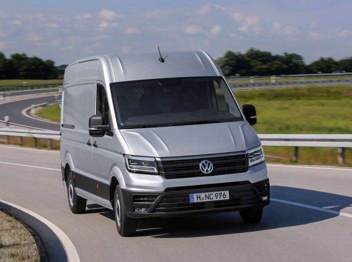 Volkswagen Crafter prova su strada del veicolo commerciale di nuova generazione - Foto 10 di 34