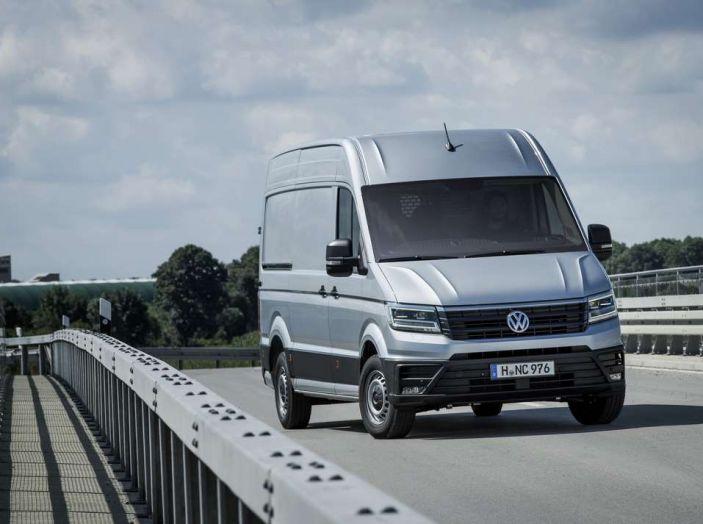 Volkswagen Crafter prova su strada del veicolo commerciale di nuova generazione - Foto 6 di 34