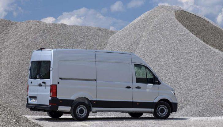 Volkswagen Crafter prova su strada del veicolo commerciale di nuova generazione - Foto 14 di 34