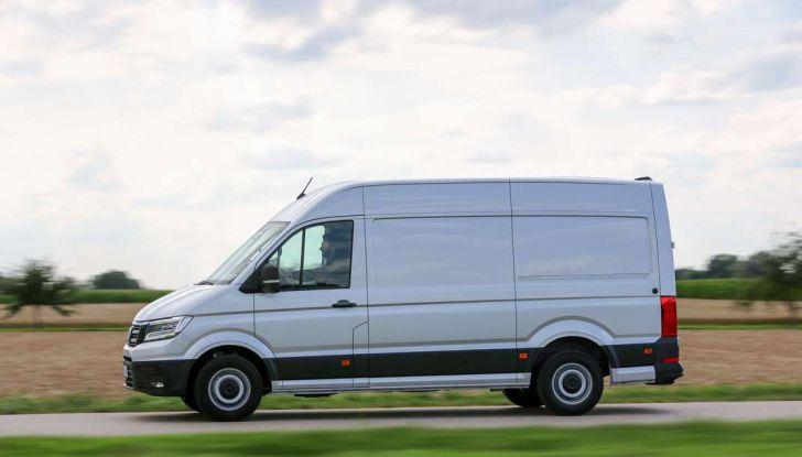 Volkswagen Crafter prova su strada del veicolo commerciale di nuova generazione - Foto 17 di 34