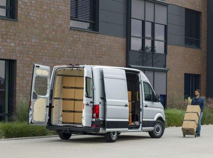 Volkswagen Crafter prova su strada del veicolo commerciale di nuova generazione - Foto 5 di 34