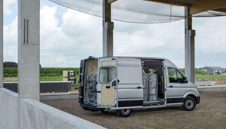 Volkswagen Crafter prova su strada del veicolo commerciale di nuova generazione - Foto 25 di 34